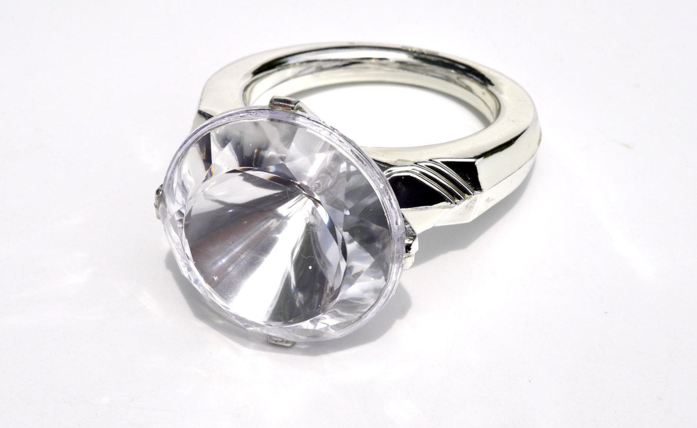 diamond engagement ring cake topper wedding ring cake topper Diamond Engagement Ring Cake Topper zoom