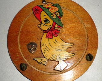 Vintage Wood Wall Rack - Little Duck with Bonnet
