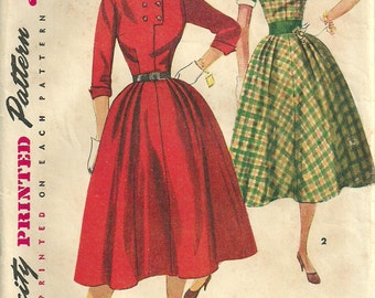 Simplicity 4400 / Vintage 50s Sewing Pattern / Dress Size 13