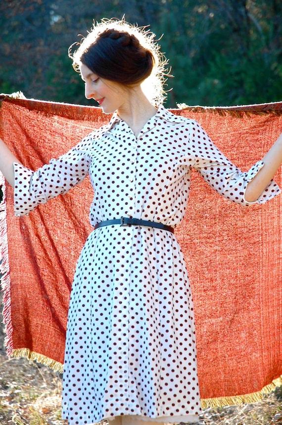 Polka Dot Dress...Vintage Dress... Brown and White... DOTTY FOR DOTS (m)