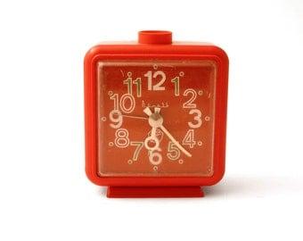 Alarm clock Vitjaz from Russia Soviet Union, Vintage mechanical red clock from Russia, Soviet union