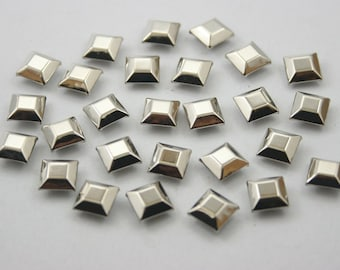 100 pcs. Silver Tone Faceted Square Rivets Studs Decorations Findings 8 mm. DHRN8
