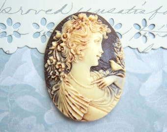 1 - Antiqued girl and bird cameo, 40x30mm resin cameo -  ZX35
