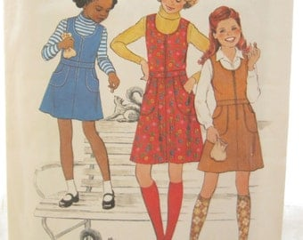 Simplicity 8181 Girls 1970s Easy to Sew Jumper Vintage Sewing Pattern Size 7