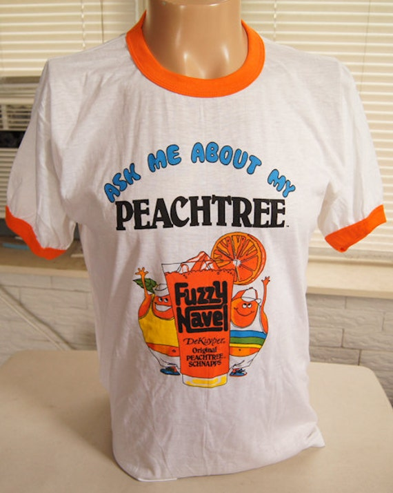"""ViNTAGE FUZZY NAVEL T SHiRT """"Ask Me About My Peachtree"""" DeKuyper Liquor 80s Ringer XL (43 inches around chest)"""