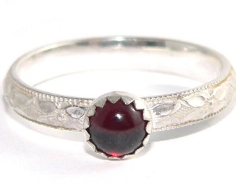 Garnet Cabochon Sterling Silver Patterned Stacking Ring