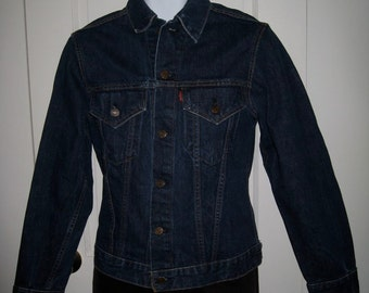 Vintage 1960's LEVI'S Big E dark wash Indigo Blue 2 Pocket Denim Jean Jacket size 34 Small Slim Fit # 1814