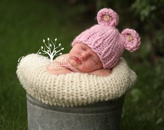 Little Bear Knit Hat with Buttons for Baby, Many Color Choices Available, Beautiful Photography Prop