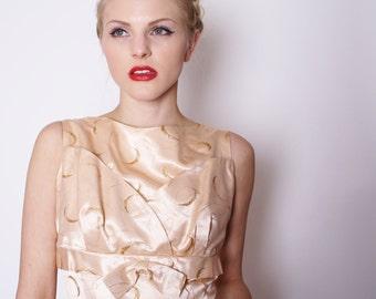 1950s Peach Meatallic Satin Gold Brocade Embossed Couture Wiggle Wedding Dress / Alternative Wedding Dress / 1715