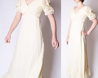 70s Vintage Crochet Lace Ivory Romantic Edwardian Long Boho Wedding Dress / Vintage Wedding Dress / Long 70s Wedding Dresses / 2296