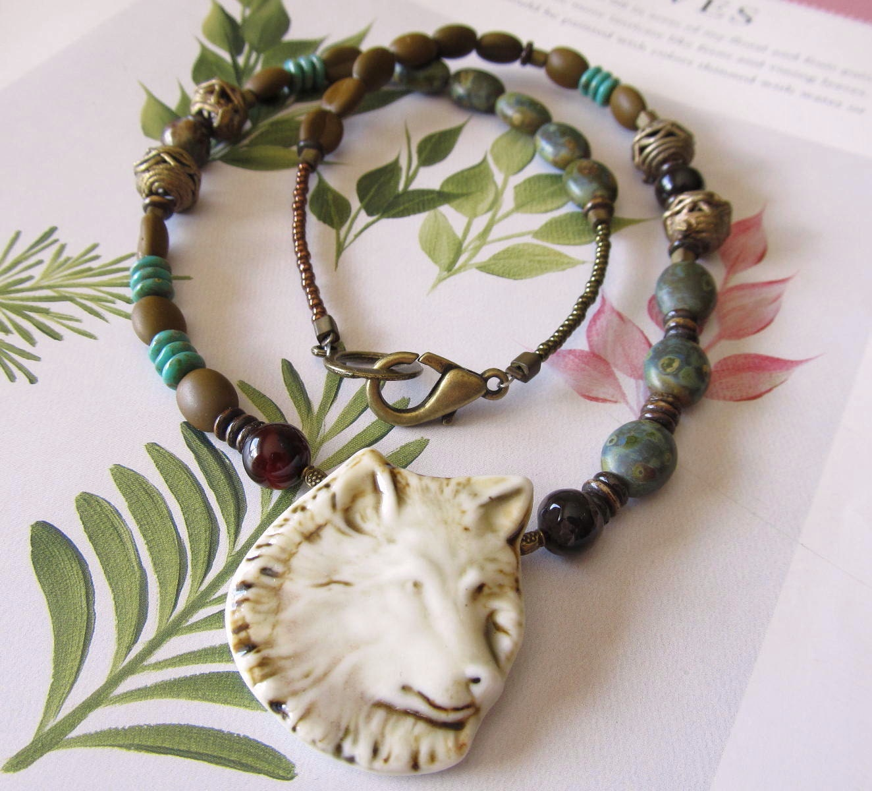 Wolf totem necklace - photo#2