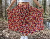 Vintage 90s Red Daisy Flower Maxi Skirt with Floral Print  Medium