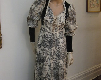 SALE   Vintage BoHo Gown Gunne Sax