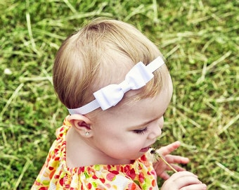 White Baby Bow Headband. White Hair Bow on Elastic Headband. White Hair Bow Headband. Baby Hair Accessories. Baby Girls Hair Accessories