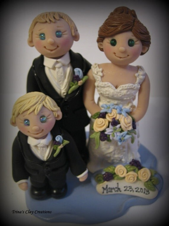 wedding cake topper with child wedding cake topper custom cake topper by trinasclaycreations 26657