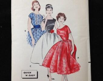 Butterick 8509 Bust 34 Vintage pattern. Party dress. Rockabilly. Full skirt. 1950s