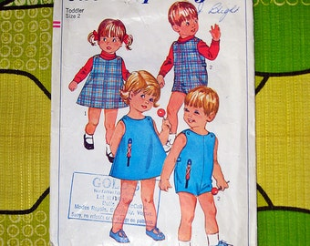 Vintage SIMPLICITY  6473 Childs Dress or Jumper and Playsuit  Size 2