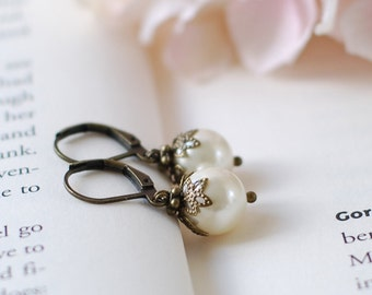 Swarovski Ivory Pearls with Leafy Bead Caps Dangle Earrings. Single Cream Ivory Pearl Earrings. Vintage Style Wooldland Bridal Lever-back