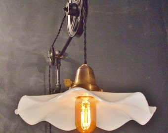 Subway Breeze Pulley Sconce - Vintage Industrial Wall Mount Light - Machine Age Trouble Lamp Sconce
