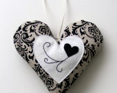 Black and white heart ornament - Linohandmade