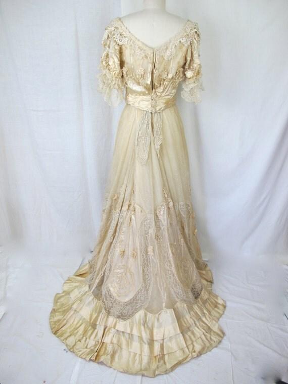 1900s Edwardian Victorian White Wedding Dress Lace Silk Gown