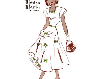 1940s Dress & Petticoat Vintage Sewing Pattern Bust 31 Marian Martin 9422 Mail Order, Junior, Cap Sleeve, Day or Evening, Fit and Flare