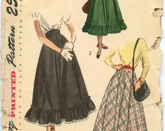 1940s Simplicity 2609 Teen-Age Skirt in Daytime and Ballerina Lengths Vintage Sewing Pattern Waist 25