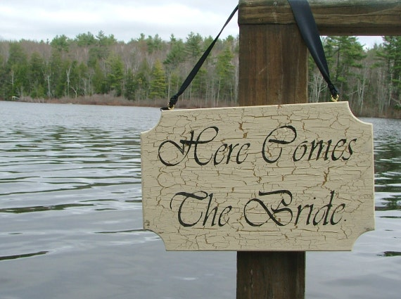 Here Comes The Bride - Antique Style Wooden Sign - Reclaimed Wood (Antique White & Gold)
