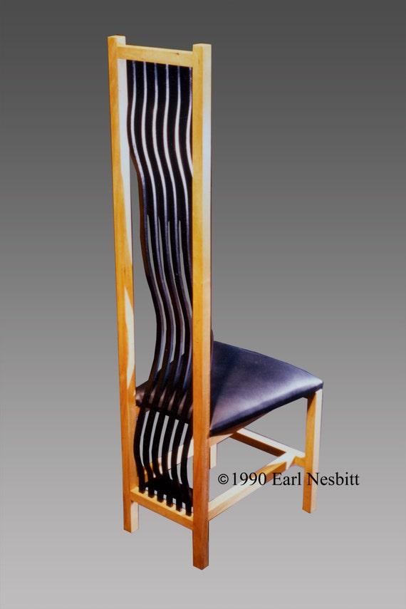 Chair, wavy slats, black leather seat