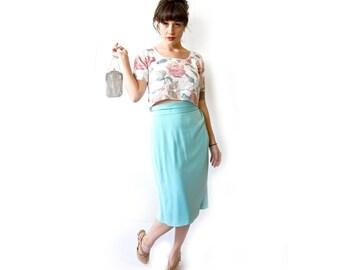 Vintage Skirt . 1970s Aquamarine Pencil Skirt with Side Slit. Size Medium