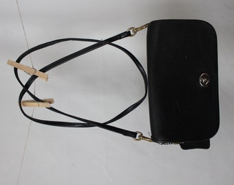 Vintage Dorcelle Black Leather Purse and Clutch