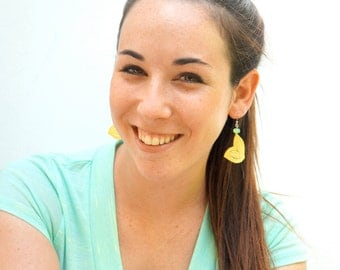 Lace Earrings in Yellow with Mint Beads