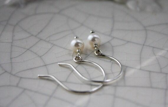 Single Pearl Earrings - Bridal Jewelry - June Birthstone Earrings - Argentium Silver Jewellery - Ivory Pearl Earrings - Lightweight Everyday