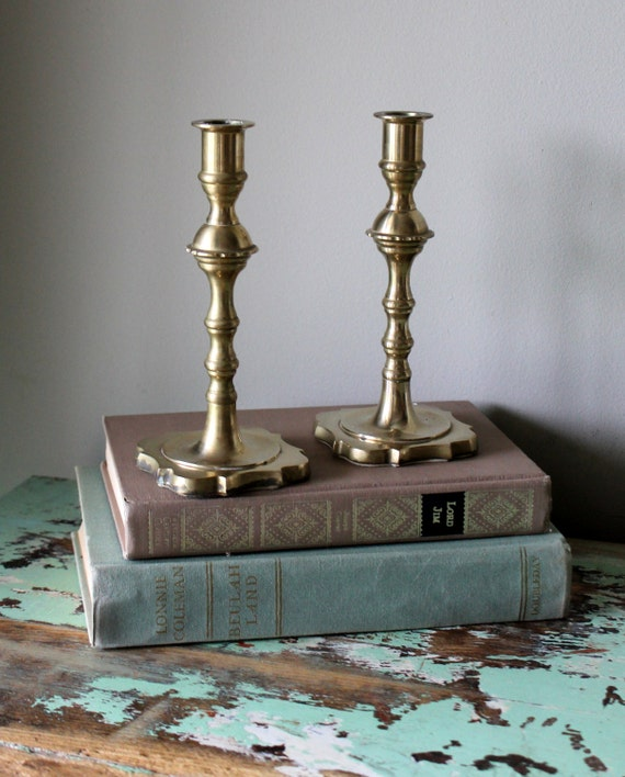 Vintage brass candle holders candleholders metal table setting