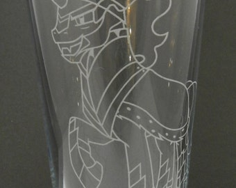 King Sombra Etched Pint Glass