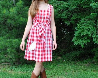 No Rain Today 1960s / 1970s Vintage Concept 70s Swirl Sleeveless Red And White Checkered Print Dress With Umbrella Applique Sz Small
