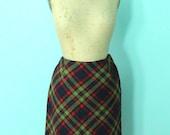 SALE / vintage 1960s schoolgirl plaid wool skirt // size xsmall / waist 24 / winter skirt