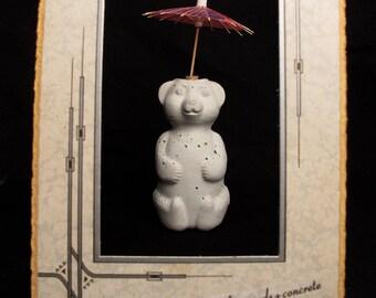 bookshelf companion, umbrella bear with pink parasol,