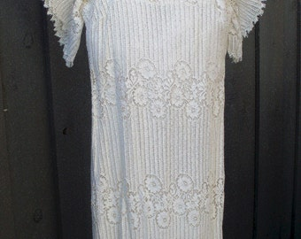 Vtg. White lace Dress from the 60s