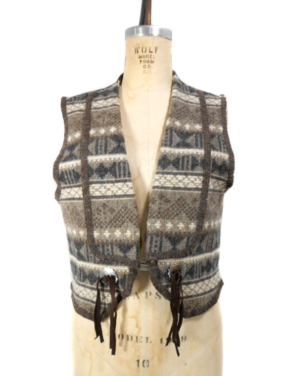 1980s Woolrich Southwestern Vest - Country Western - Wool Vest - Tribal Print - Native American - Size Medium