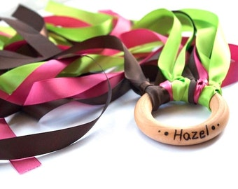 Personalized Wind Wand - Montessori Toy Kite - Waldorf Pretend Play - Dress Up - Summer Outdoor Toys - Lime Green, Chocolate Brown, Pink