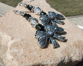 Vintage Looking/ Sparkly/ Onyx Ice/ Swarovski Crystal Bow Earrings/April/Prom/Classic/Sweet & Edgy