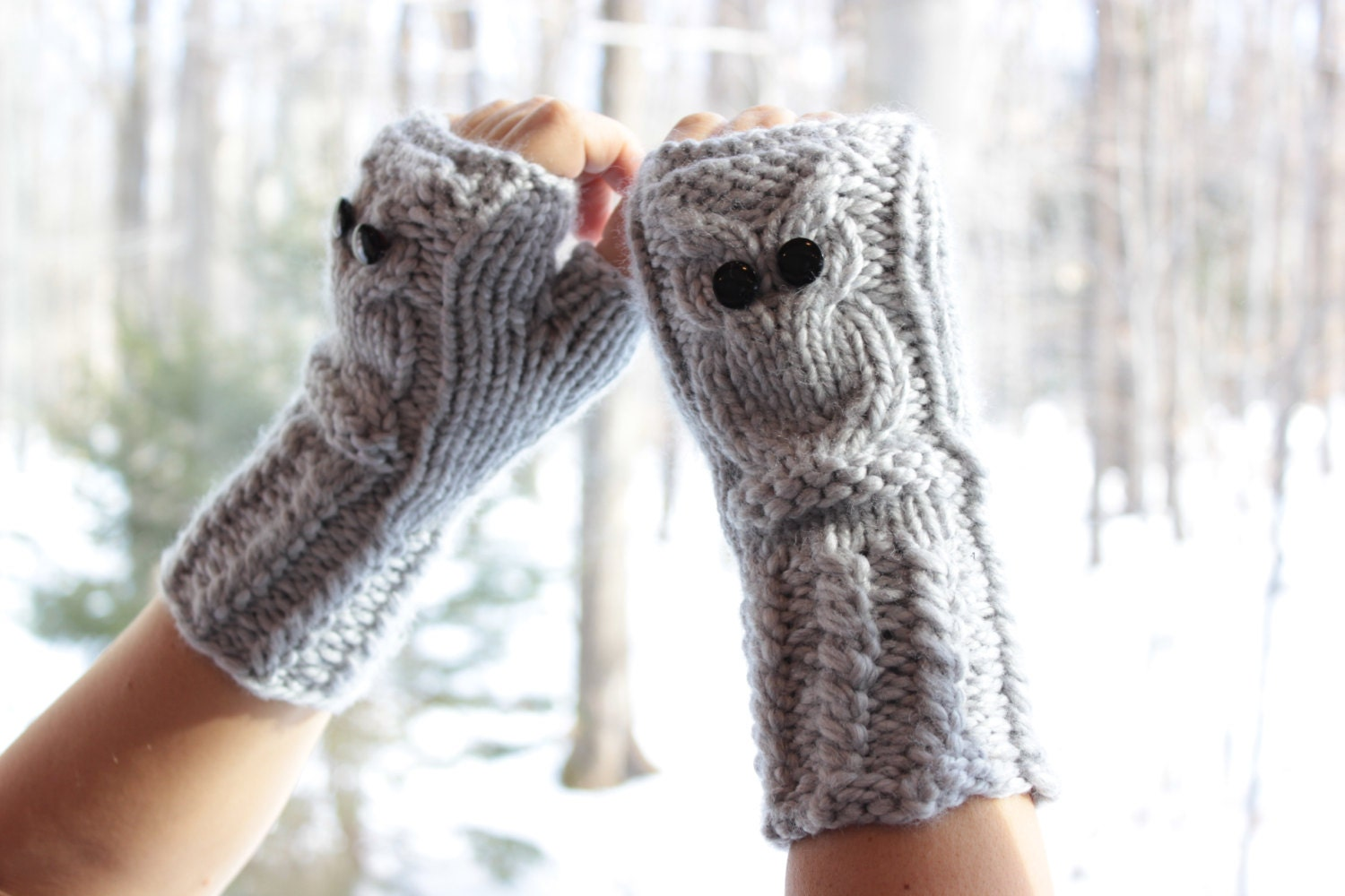 Owl Fingerless Gloves in grey mittens hand knitted wrist