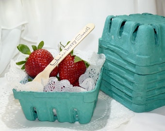 Berry Baskets 1/2 pint Crates-12 Perfect Serving Size , Fruit/ Candy Bars, FOOD TRUCKs, Weddings,  Homemade Cookies - Gift Package - Favors