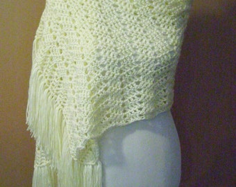 Crocheted Ripple Shawl / Wrap / Cream / Off White / Ivory / Natural / White with Fringe