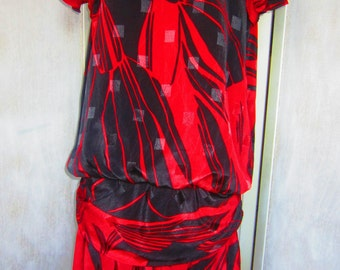 Vintage 80s Red and Black Dropwaist Dress from M.E. II Petites