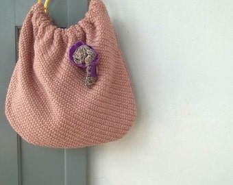 Handbag pouch -handle bag old pink with woolen fabric and woolen flower brooch- bamboo handle bag
