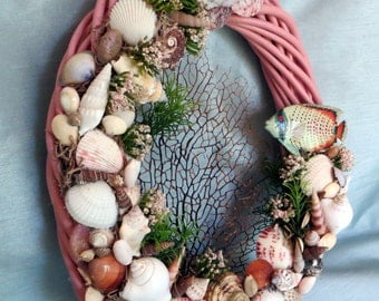 Beach Wreath pink bamboo with tropical fish and shells