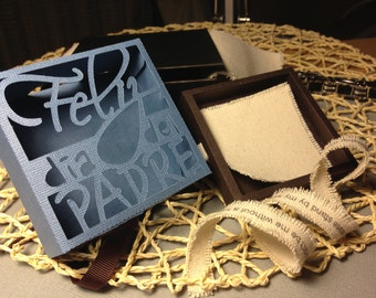 Feliz dia del Padre (Happy Fathers day in spanish) gift holder/jewelry box.