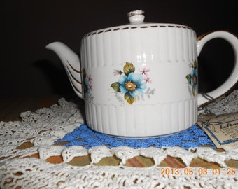 Vintage Lefton Tea Pot